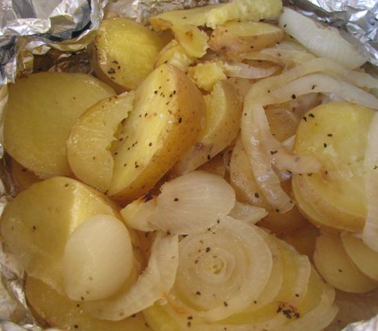 camp-fire-potatoes