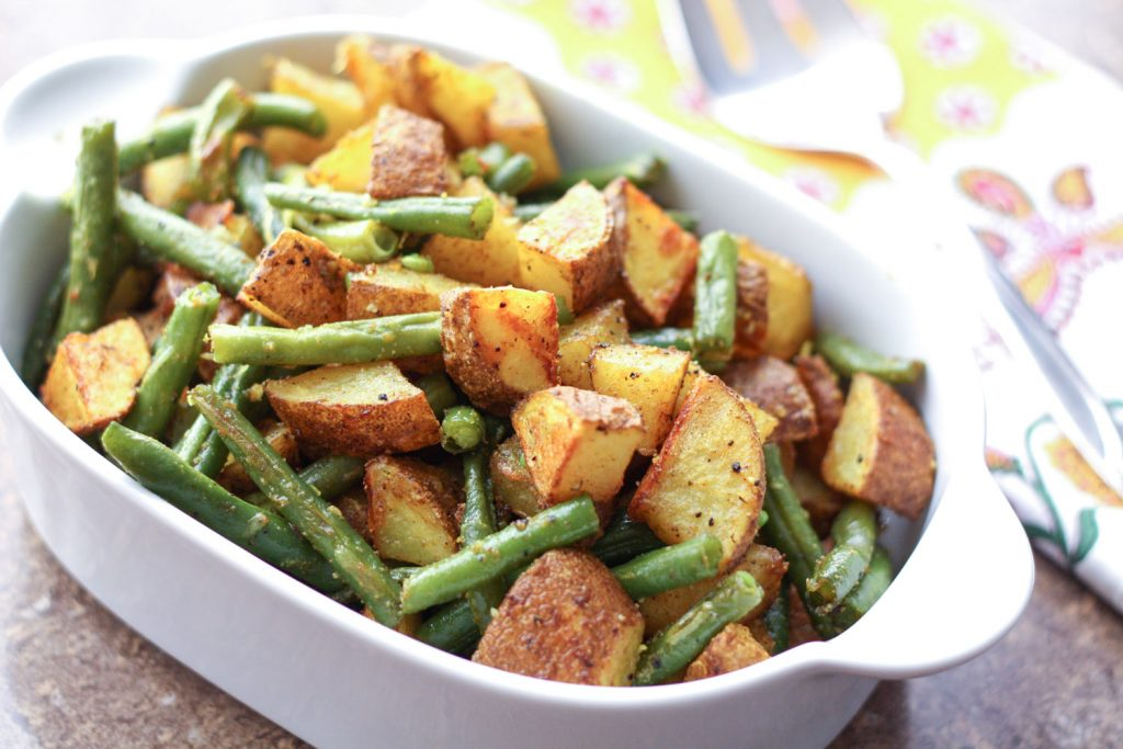 turmeric-potatoes-and-green-beans-1