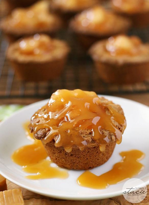 caramel-apple-cake-cups-3
