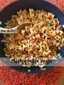 One Skillet Chicken Fajita Pasta
