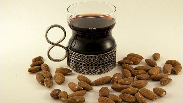 If you haven't heard of gløgg, it's a good one to have in your holiday drinks arsenal. It is a Scandinavian hot mulled wine with spices, nuts, and brandy or vermouth. Gløgg is famous for its festiveness in the cold winter months.