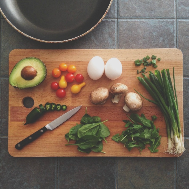 Recently the Johns Hopkins School of Public Health reported on a study investigating the effect of cooking meals at home. The study, which was conducted by Julie Wolfson, found that cooking at home might be the best ingredient in a healthy diet.