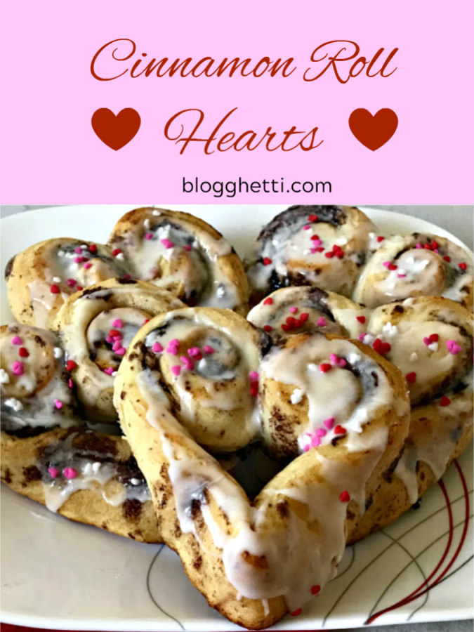 Cinnamon Rolls Hearts, Valentine's Day, breakfast