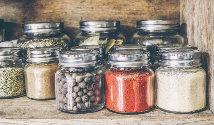 Building up spices and herbs