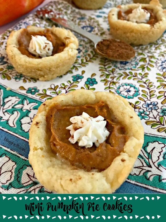 Mini Pumpkin Pie Cookies - top