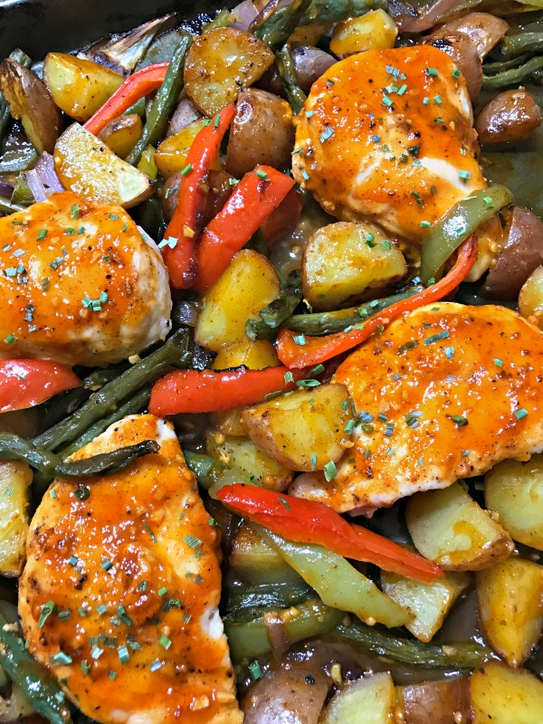 Sheet Pan Sizzling Sweet Chicken and Vegetables - Blogghetti