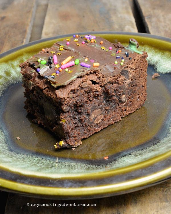 Mint CHocolate Chip Brownies - Amy's Cooking Adventures